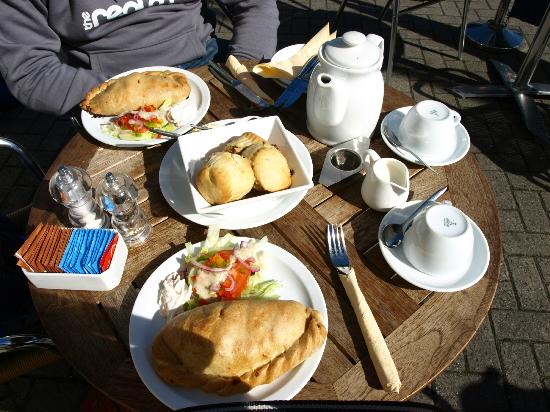 Drecklys: Cream Tea