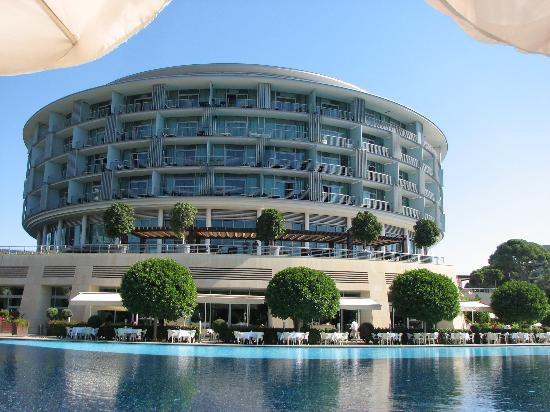 Calista Luxury Resort: Main Building
