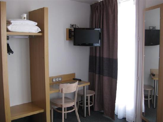 B&B Hôtel Dijon Centre : Des équipements simples et fonctionnels.