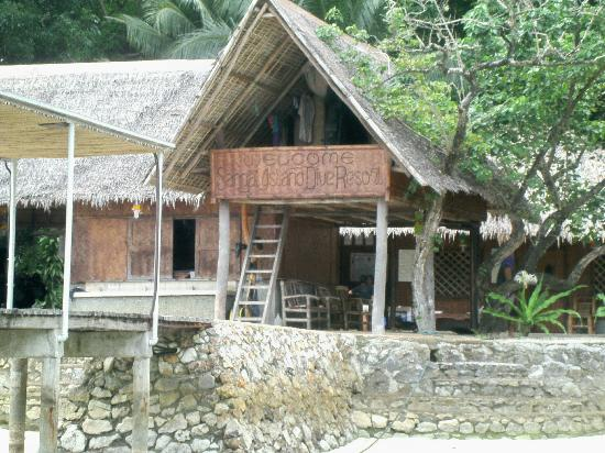 Sangat Island Dive Resort: As you arrive--Welcome to Sangat Dive Resort