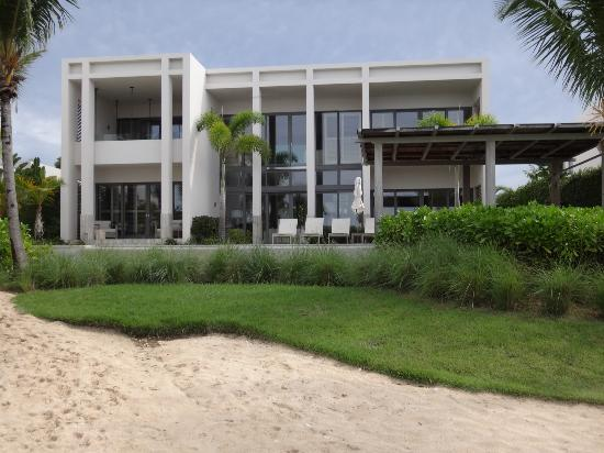 Viceroy Anguilla: Back of our villa.