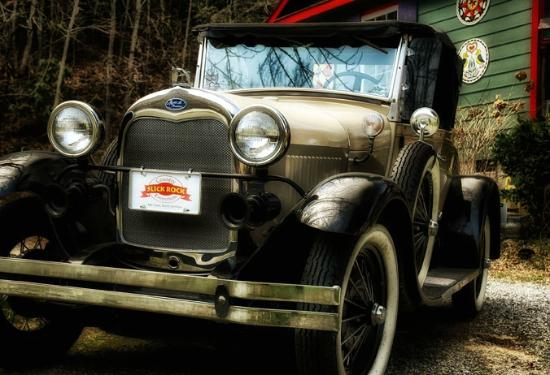 "Hendersonville, Carolina del Norte: ""Delmar"" our Model A Roadster"