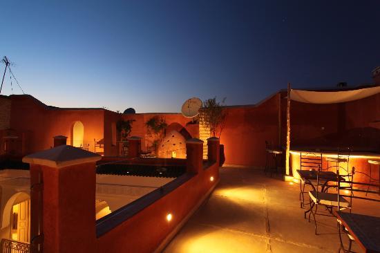 Riad Dar Ten: Terrasse de nuit