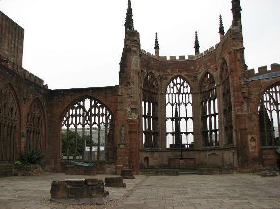 ‪‪Coventry Cathedral‬: Coventry Cathedral, Coventry England - old‬