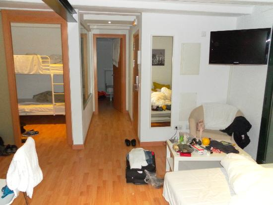 BarnApartments: apartment includes one double-deck bed