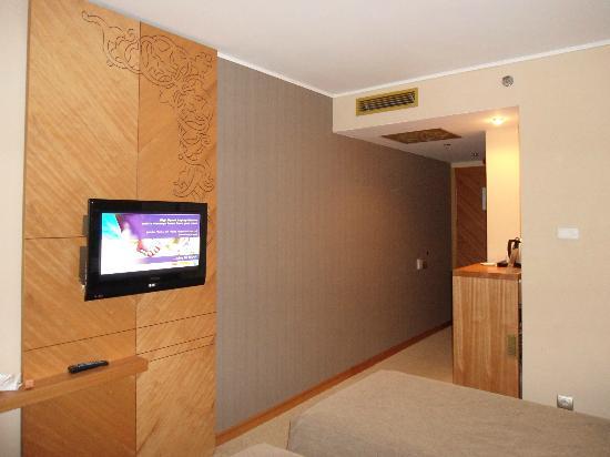 Marmara Hotel Budapest: TV