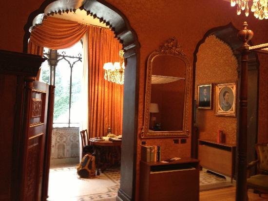 Villa Crespi: room at crespi
