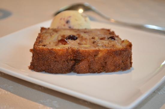Auberge du Fel : Cke noix et pommes, un délice !