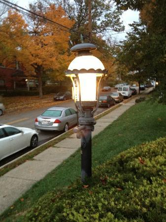 Clifton House: Gaslight area of Cincinnati, OH