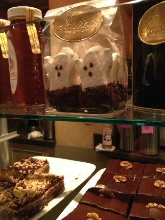 Pastiche Fine Desserts: spooky dessert