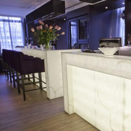 Hotel & Spa Savarin: Reception Bar