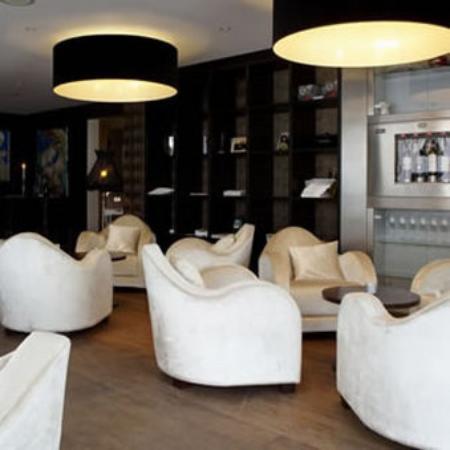 Hotel & Spa Savarin: Restaurant Lobby