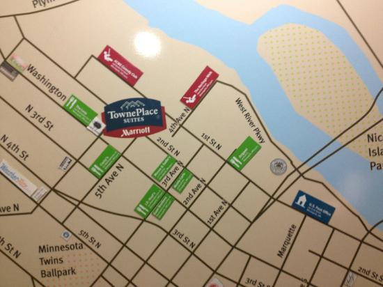 TownePlace Suites Minneapolis Downtown/North Loop : A Handy Map in the Lobby