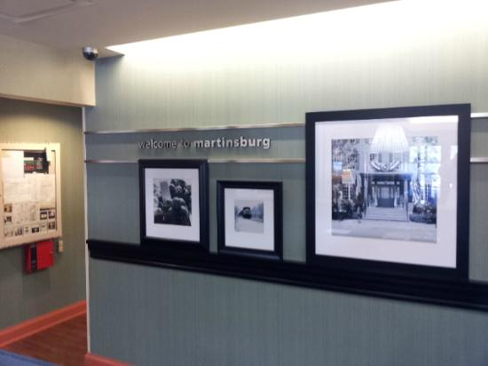 Hampton Inn Martinsburg: Lobby