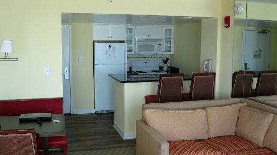 Ocean Beach Club: Kitchen area with full sized refrigerator, stove, microwave, coffee maker and bar seating for 2