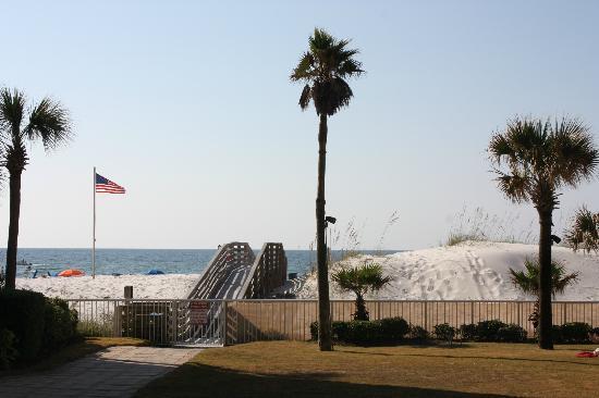 Hilton Garden Inn Orange Beach: beach access