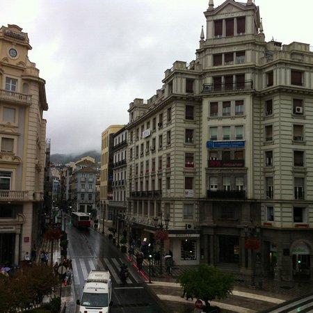 NH Collection Granada Victoria: Plaza del Realejo y Calle Reyes Católicos