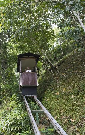 Hanging Gardens of Bali: The inclinator is available to transport guests.