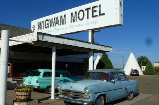 Wigwam Motel: lobby