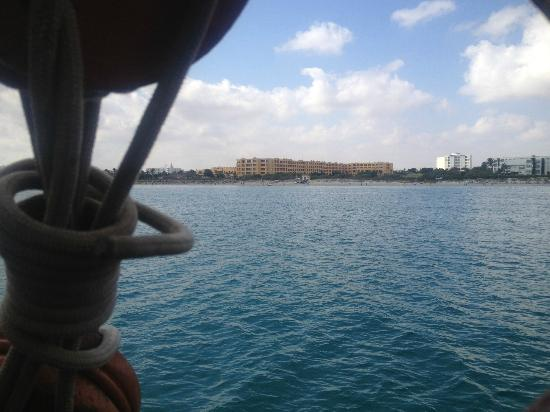 Nour Palace Resort: The hotel taken from a pirate ship