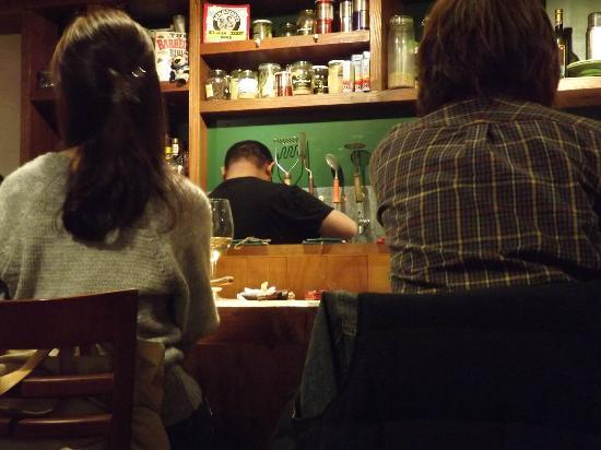 Charcoal Grill Green Ishikawacho : Lively bar scene