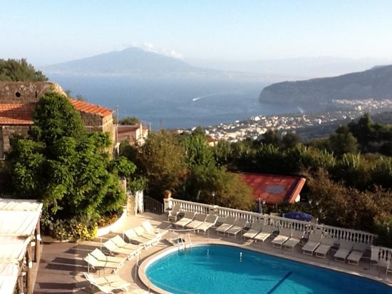 Hotel Iaccarino: view of the bay of Naples and Vesuvio