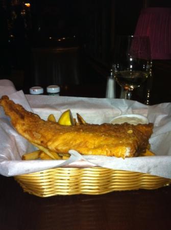 Parker's Restaurant: fish & chips - horrible