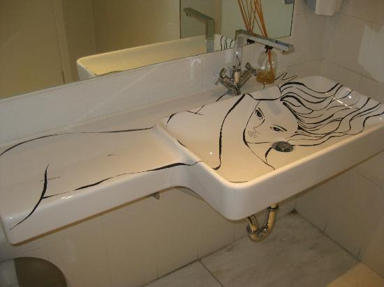 Pallas Athena Grecotel Boutique Hotel: Lady of the sink