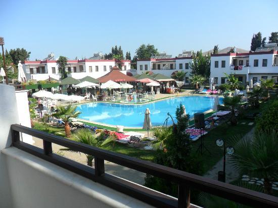Club Cherry Apart: beautiful balcony veiw x