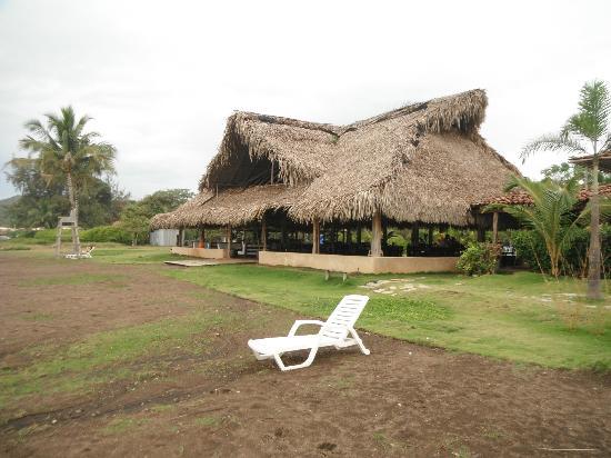Resturant & Bar @ El Sitio Playa Venao Panama