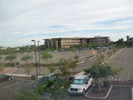 Fairfield Inn & Suites Phoenix Chandler/Fashion Center : View of the PayPal and eBay Buildings