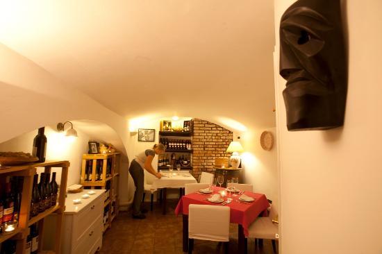 Ichnusa Botega Bistro : The room cellar