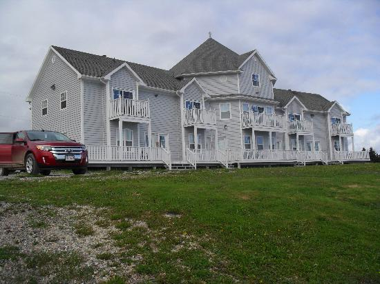 Point of View Suites at Louisbourg Gates: the suites