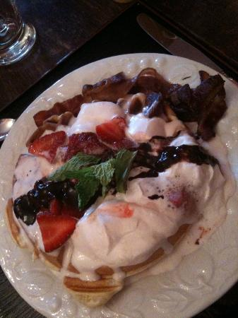 Mackechnie House Bed and Breakfast : More delicious goodness