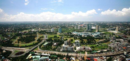 Crimson Hotel Filinvest City, Manila: Day Shot of Crimson Filinvest City, Manila