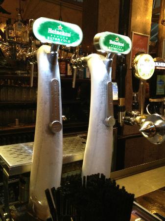 Cafe-En-Seine : Frozen Beer Tap