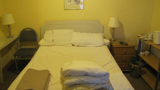 Prague House: Double Bed