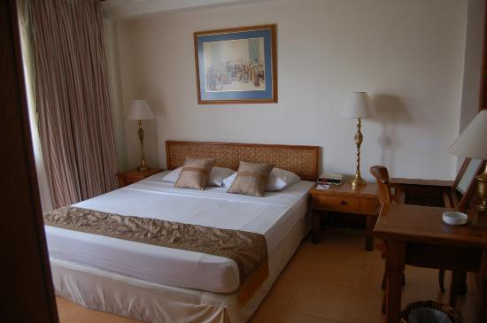 The Jayakarta Bali Beach Resort: Master Bedroom