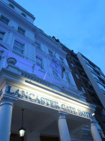 Lancaster Gate Hotel: front