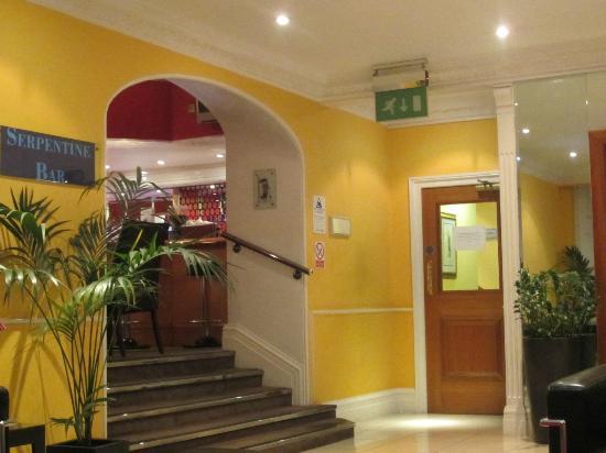 Lancaster Gate Hotel: lobby