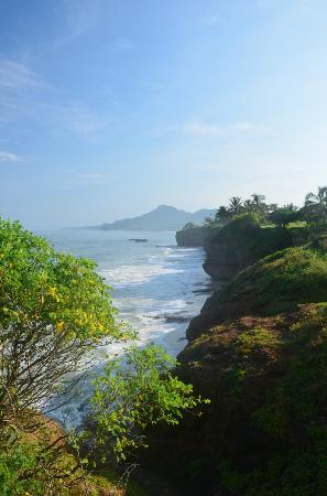 Casa de Mita: Scenic cliffs.