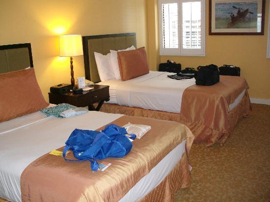 Hilton Grand Vacations at Hilton Hawaiian Village: Second bedroom