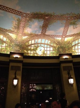 The Hotel Hershey: ceiling in circular dining room
