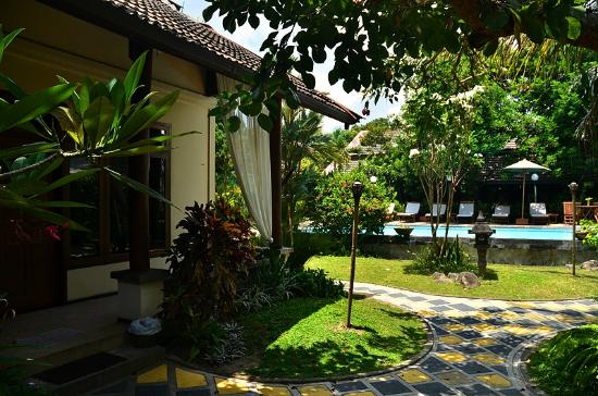 Rumah Mertua Boutique Hotel & Garden Restaurant & Spa: Garden view