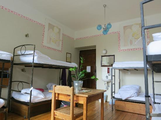 Sir Toby's Hostel: Habitación Angel