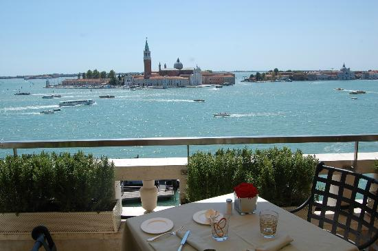Restaurant Terrazza Danieli : A view to KILL for...