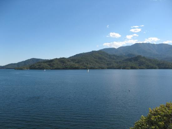 Whiskeytown lake from hwy 299 west picture of for Whiskeytown lake fishing