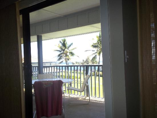 Poipu Sands Condominuims - Poipu Kai by TPC: View out of family room, through Lanai