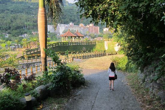 Toyugi Hot Spring Resorts & SPA: hotel grounds