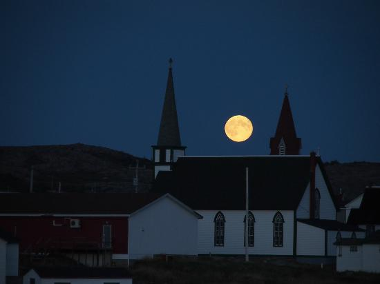 Peg's Place: full moon rise over churches